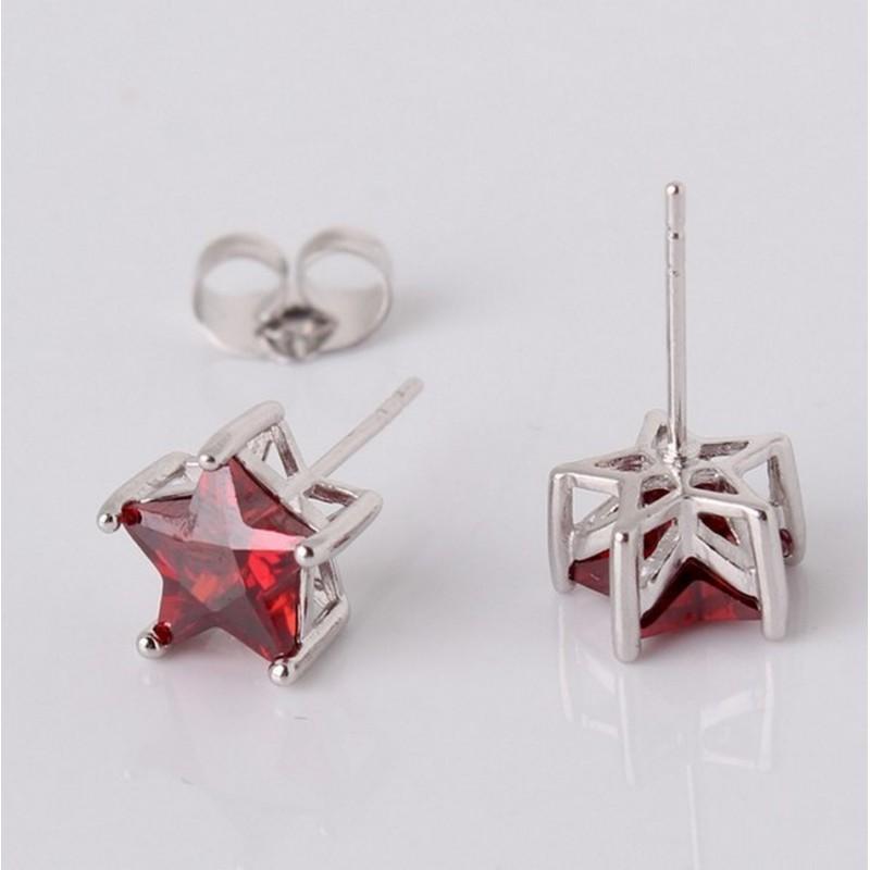 Boucles d'oreilles plaqué or zirconia rouge