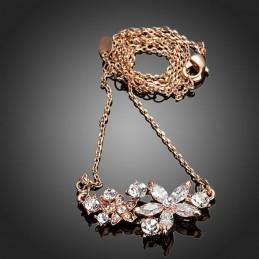 Collier Fleur orné de cristaux Swarovski Eléments couleur blanc diamant
